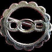 19th Century Victorian Gold Three Link Lapel Pin