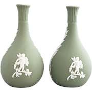 Vintage Neoclassical English Wedgewood Jasper Vases - A Pair