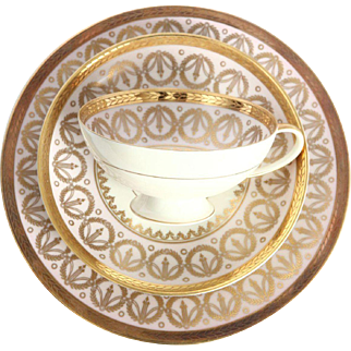 Rosenthal Selb Pink Porcelain & Gold Encrusted Luncheon Tea Set