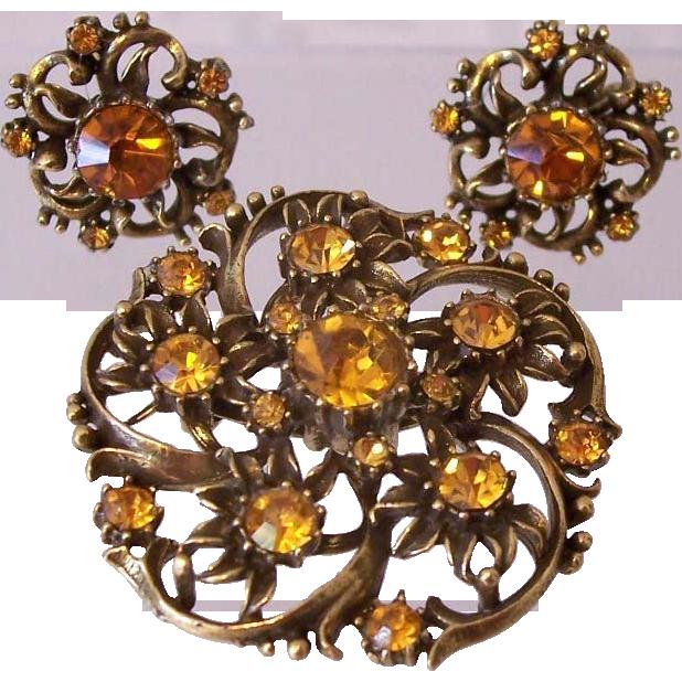 Rare Coro 1950's Golden Topaz Rhinestones Pin And Earrings Set Book Piece