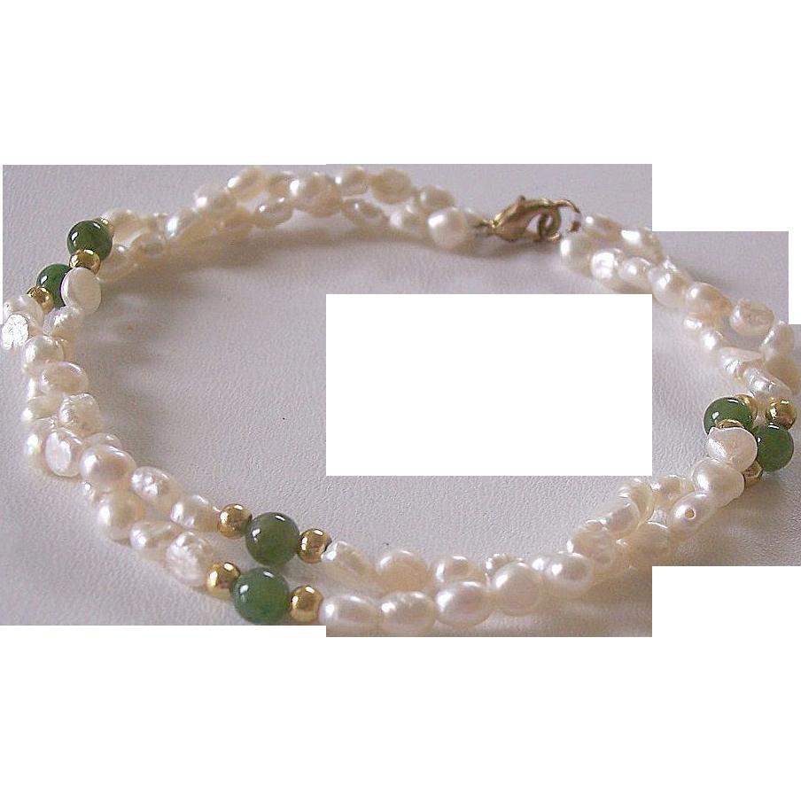 fresh water pearl jade strand bracelet from