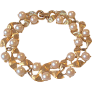 Golden Leaves Faux Pearls Garland Link Bracelet
