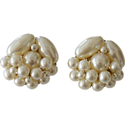 Japan Faux Pearls Cluster Clip Earrings