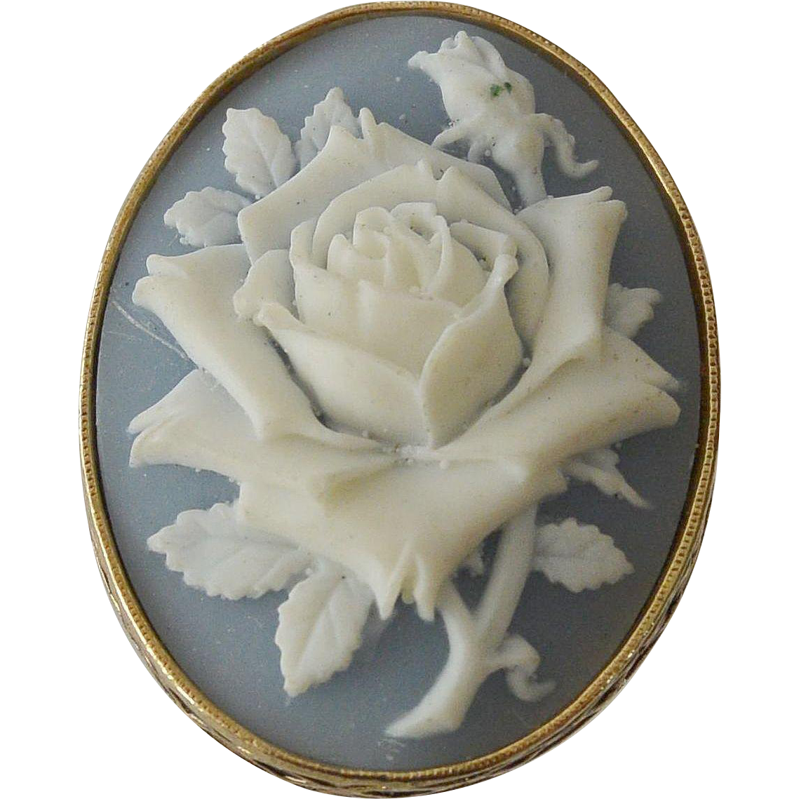 White Rose Cameo Scarf Holder Avon NR Nina Ricci