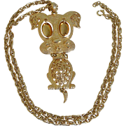 "Sarah Coventry ""Hercules"" Puppy Dog Tremblant Pendant Necklace 1975"
