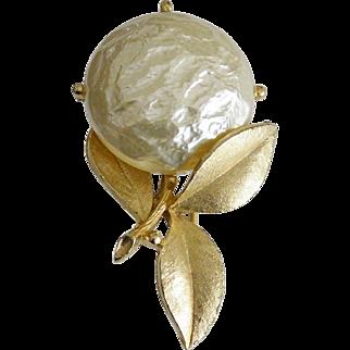 "Sarah Coventry 1965 Brooch Pin ""Pearl Bloom"""