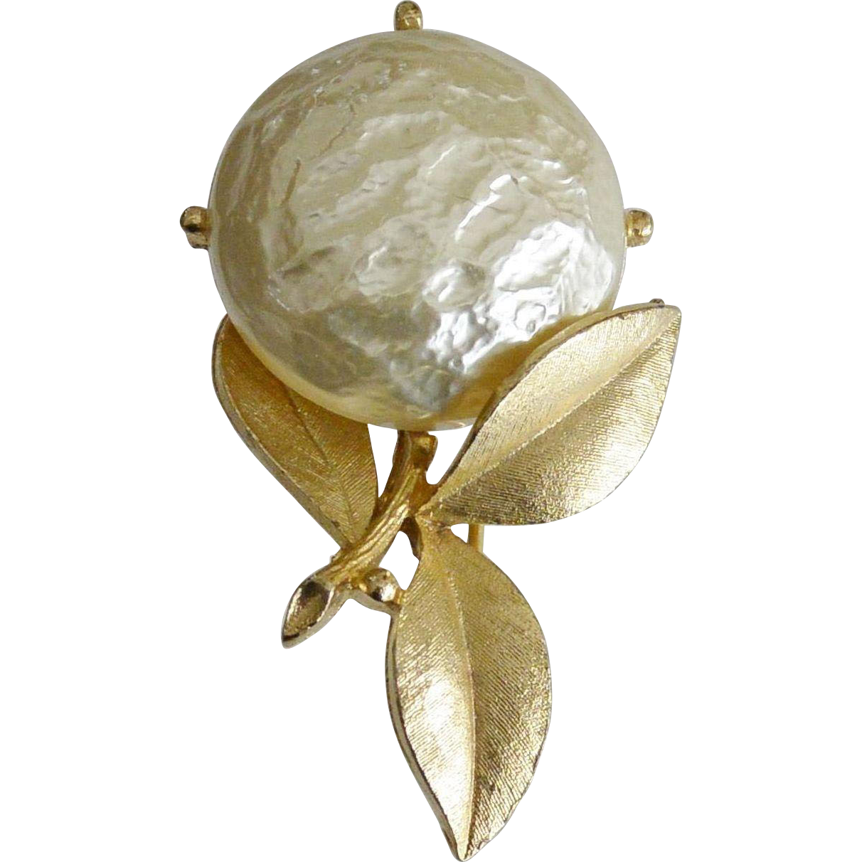 "Sarah Coventry 1965 Brooch Pin ""Pearl Bloom"""