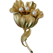 Gold Tone Flower Brooch Pin Signed Lisner