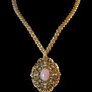 """1970's  Avon """"Queen Anne's Lace"""" Pendant Necklace Book Piece"""