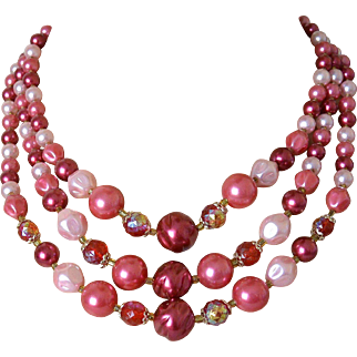 Beautiful Three Strand Shades of Pink Necklace – Japan