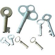 Eight Vintage Barrel Keys Various Sizes