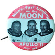 Apollo 11 Man's First Landing on the Moon Button Pin July 1969