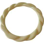 Ivory Color Lucite Swirl Bangle Bracelet