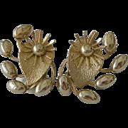 Retro Design Three Dimensional Metal Clip Earrings