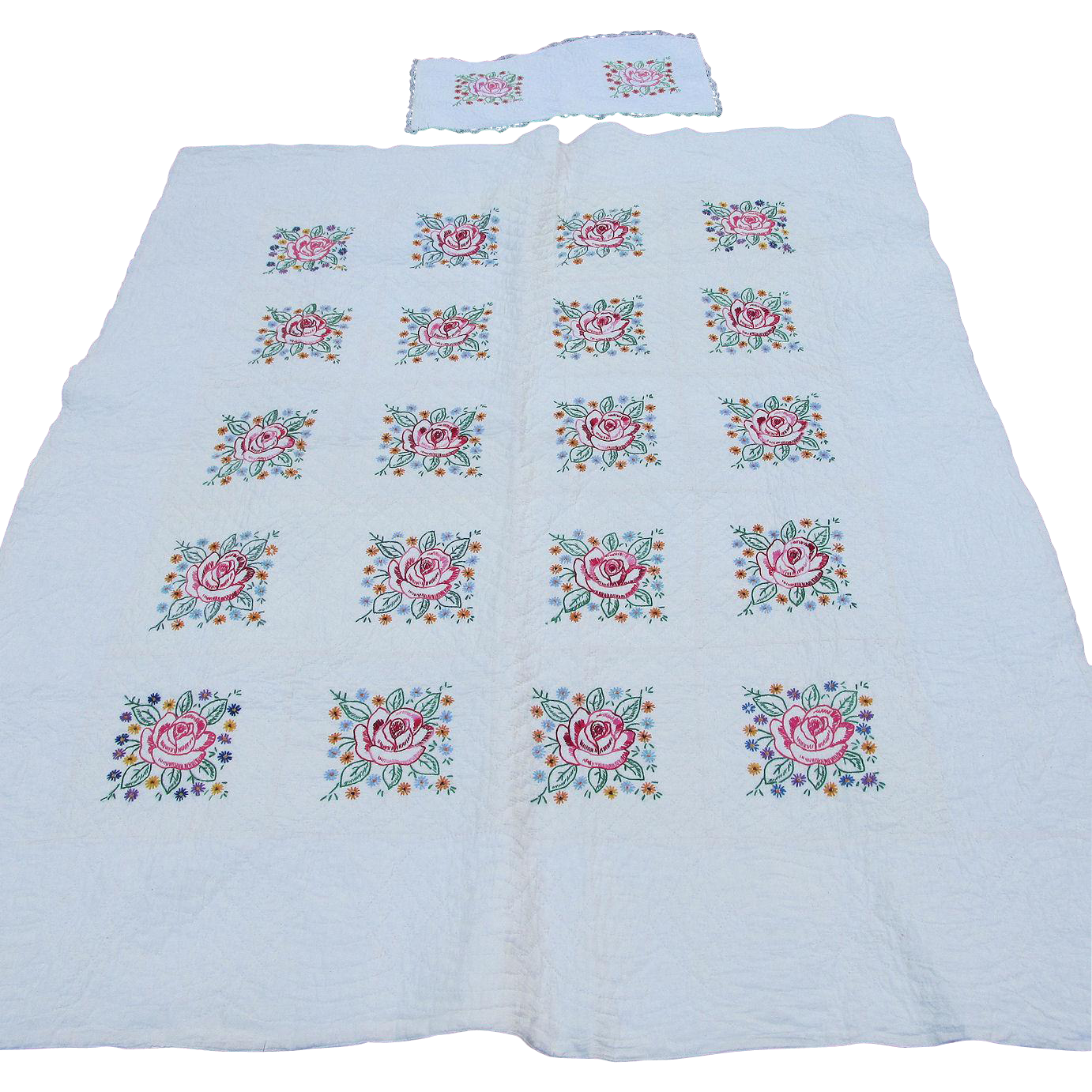 Pretty c1930s Art Deco Quilt with Embroidered Roses