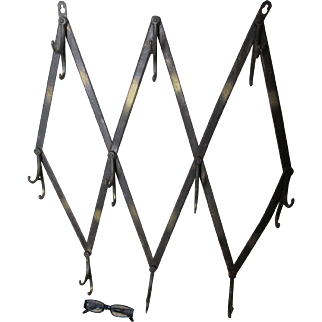 Nice Primitive Antique Iron Folding Coat Hooks, Architectural Hanging Rack