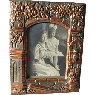 Antique c1885 Victorian, Aesthetic Movement Picture Frame with Owl