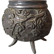 Petite Aesthetic Movement Trinket Box, Hammered Design with Ivy