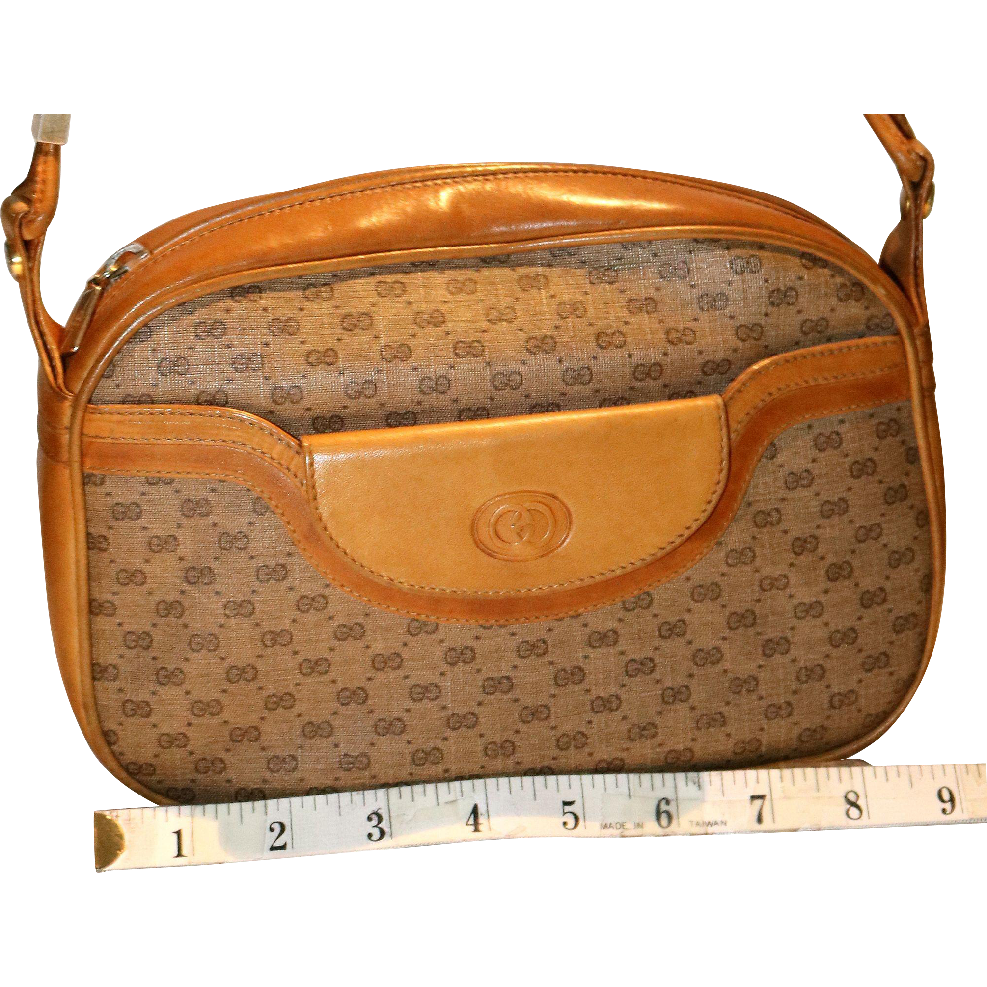 Vintage Gucci Top Zip Pouch in Natural Calfskin