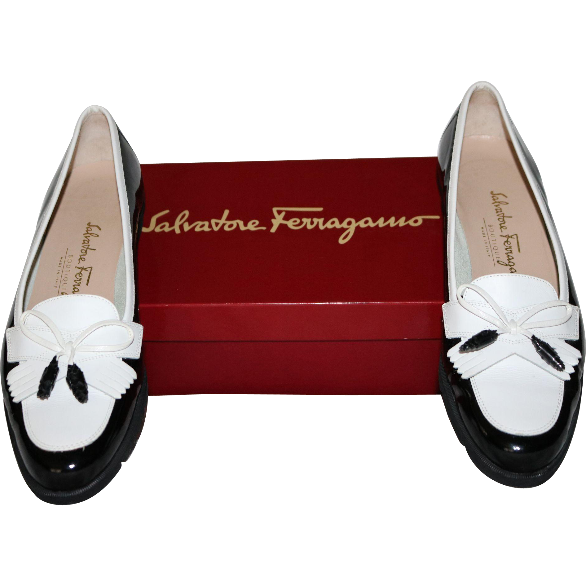 "Salvatore Ferragamo ""Vara"" Flats Size 8.AAAA in Genuine Black Patent Leather and White Calfskin"