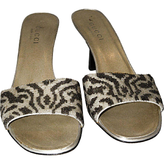 Vintage Gucci Beaded Safari Sandals from Italy 9-B