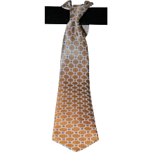 Brioni Geometric Macro Design Silk Tie from Italy