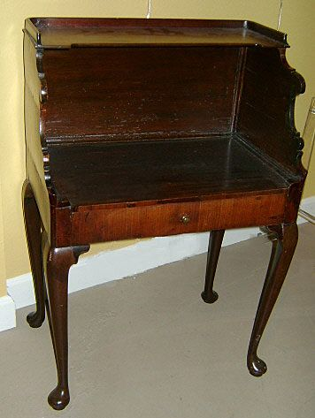 18th c. George III Walnut Side Table
