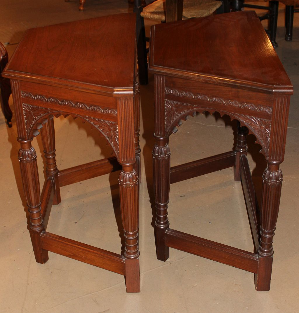 Pair of aesthetic revival console tables in mahogany from for Table fifty two 52 w elm st chicago il 60610