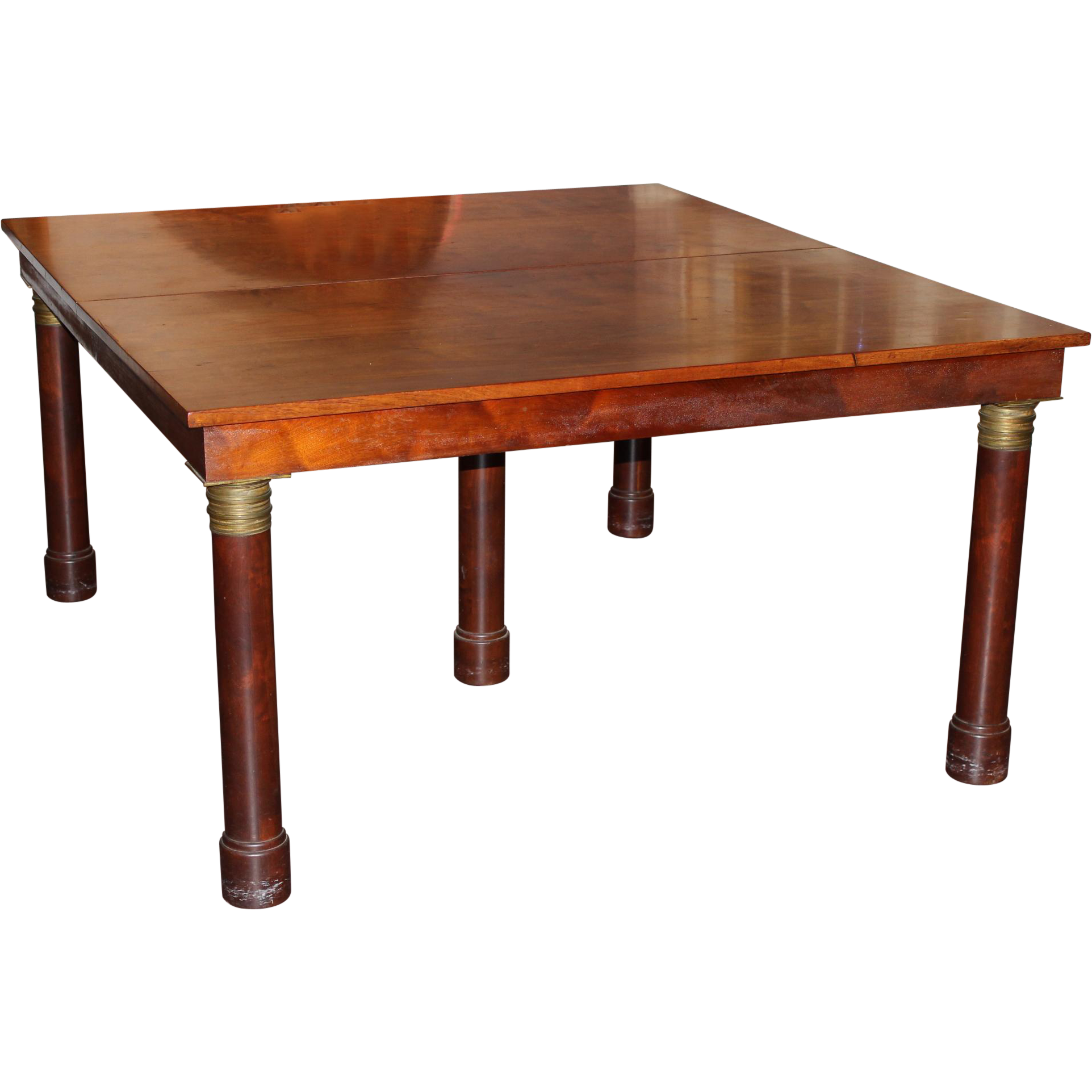 19th c Walnut Dining Table in the Classic Taste with 7 Leaves