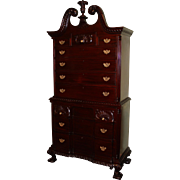 Custom Charak Mahogany Chest on Chest circa 1931-32, in the Rhode Island Taste
