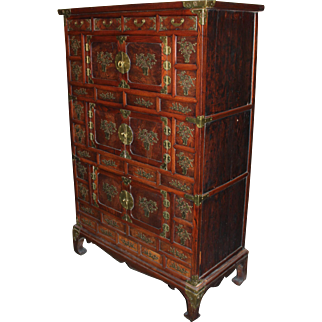 Late 19th Century Korean Tansu Elmwood Cabinet with Brass Mounts