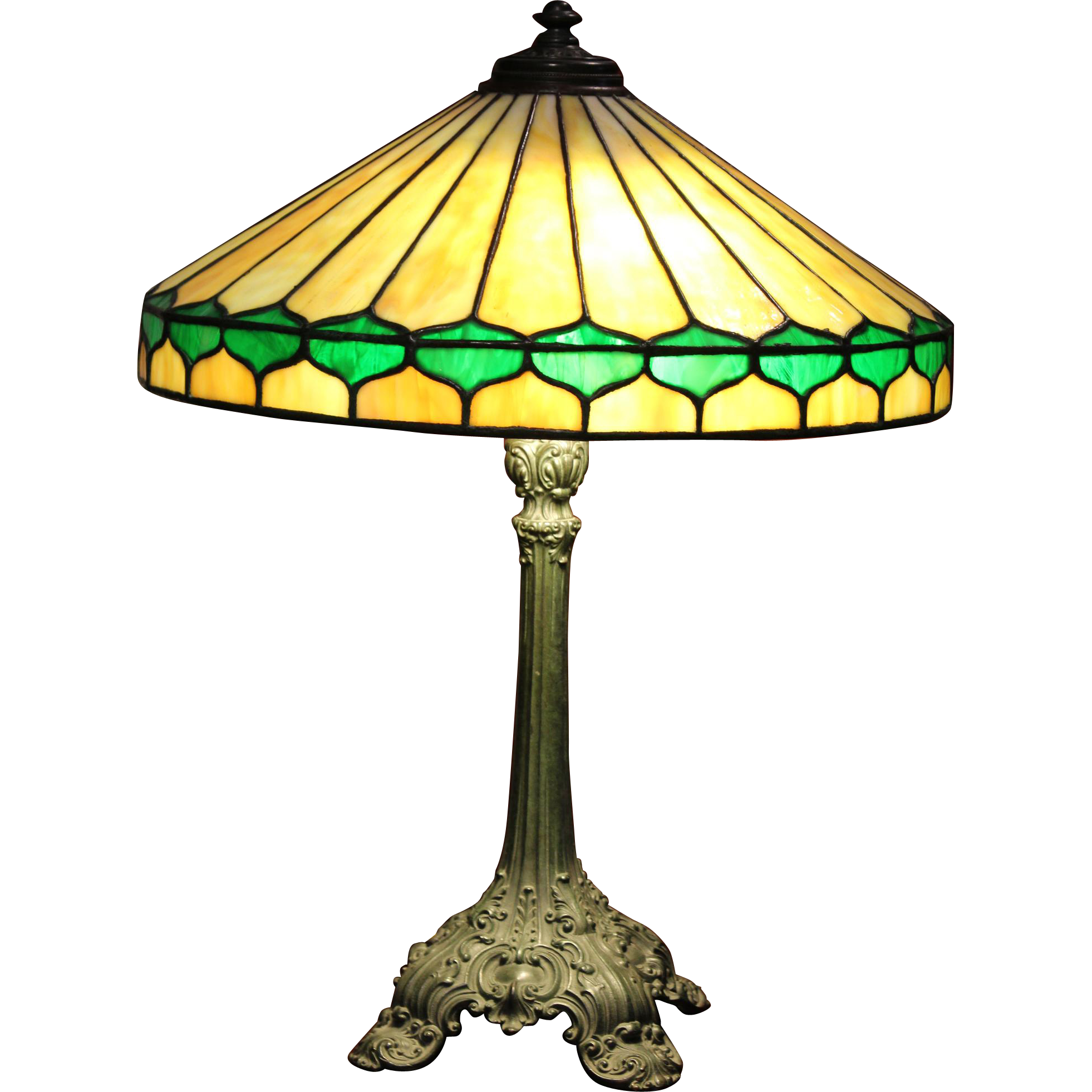 Arts & Crafts Leaded Glass Table Lamp with 24 Panel Shade, circa 1900