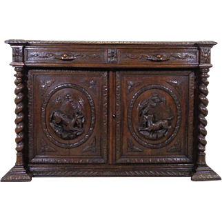 19th Century Antique French Renaissance Style Oak Hunting Buffet