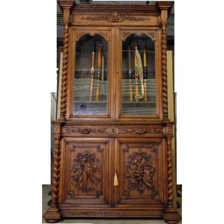Phenomenal Antique Gun Cabinet Best 2000 Antique Decor Ideas Download Free Architecture Designs Scobabritishbridgeorg