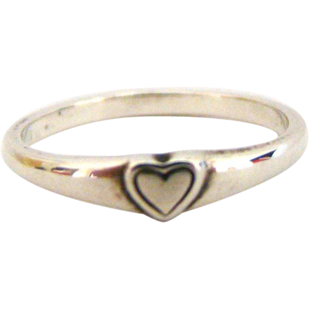 Sweet Vintage James Avery Retired Sterling Ring
