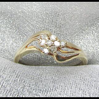 10K Yellow Gold Diamond Cluster Ring Beautiful vintage