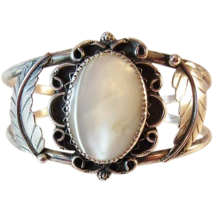 Navajo Leo Yazzie Sterling Cuff Bracelet with Mother of Pearl Vintage