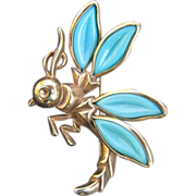 Trifari Gold Tone Wasp Brooch With Turquoise Colored Wings