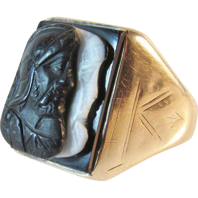 Art Deco 10K Gold Mens Carved Black and White Stone Double Cameo Ring
