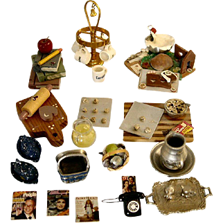 Doll House Miniature Items