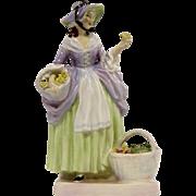 Royal Doulton Figurine Spring Flowers HN1807