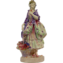 Royal Doulton Figurine Phyllis HN1420 Retired in 1949