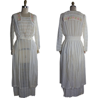 1910s Cotton Day Dress with Embroidered Roses