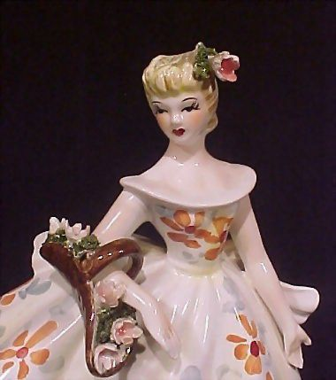 Vintage Lefton Lovely Lady Figurine #1858