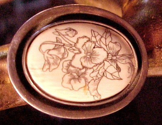 Floral Scrimshaw Ladies Ring