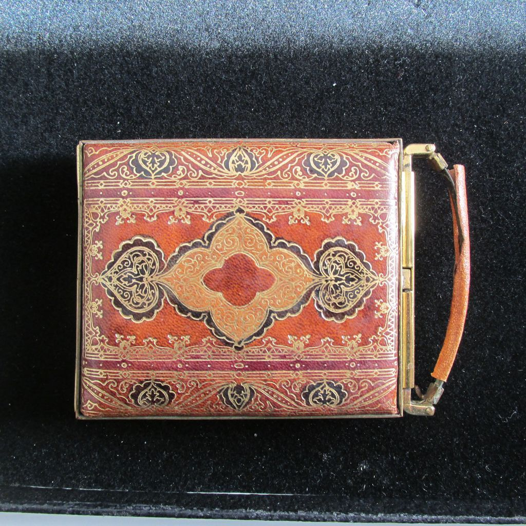 Vintage Leather Ladies Compact Unusual Opening