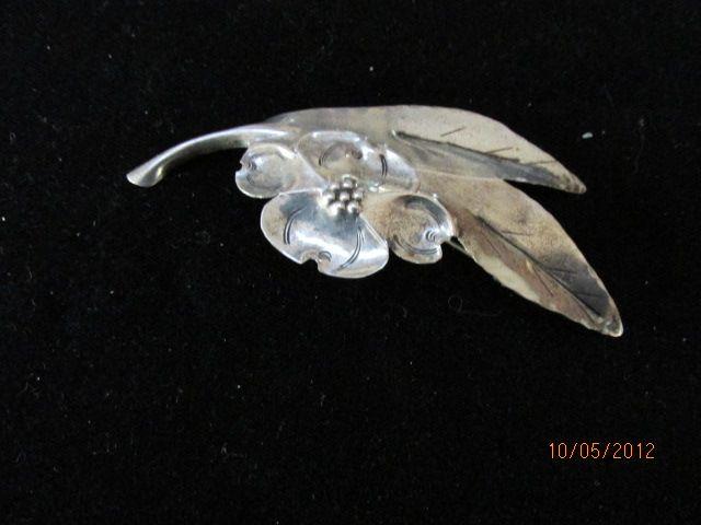 Vintage Sterling Floral Leaf Pin Brooch