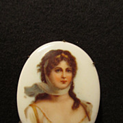 Vintage Queen Louise of Prussia Portrait Pin