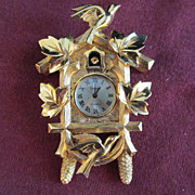 Vintage necklace TRIFARI Cuckcoo Clock Wind Up Pendant