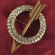 Vintage Rhinestone Circle Brooch with Arrow